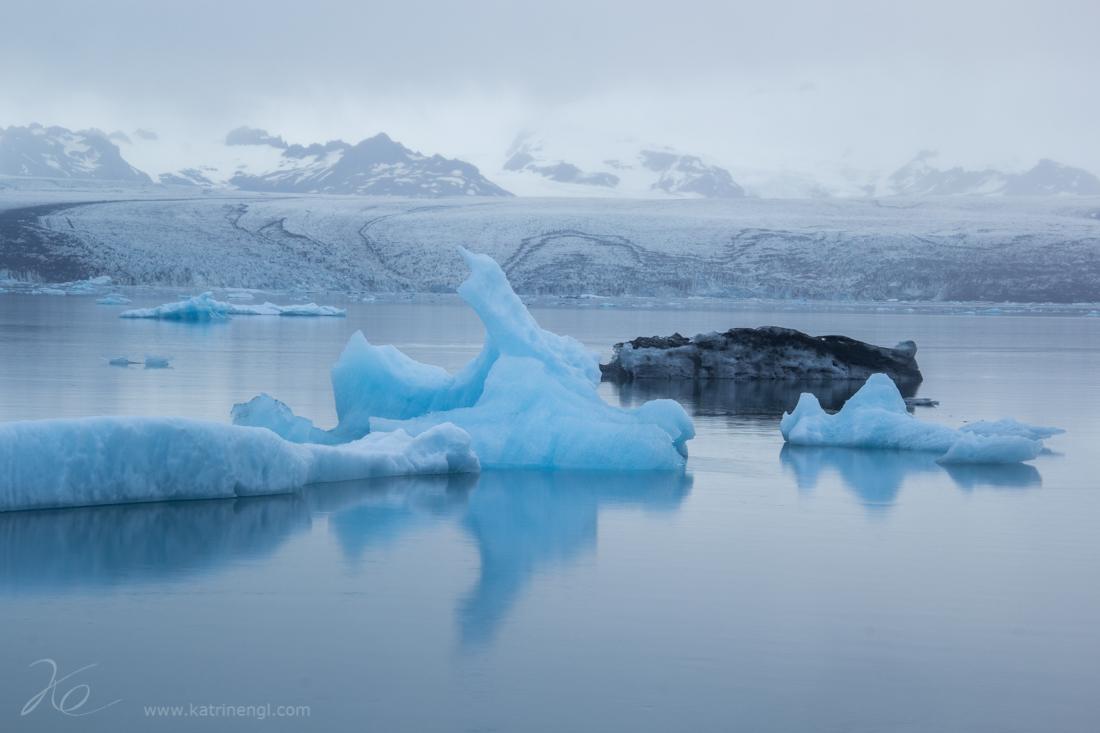 Glacial lake Jökulsarlon