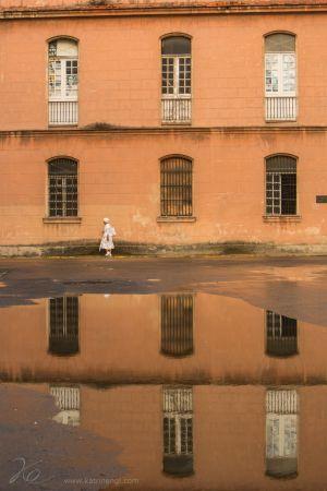 Lady in white Cuba